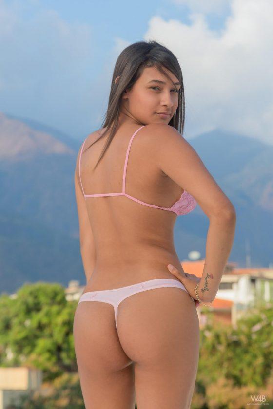 sexy girl thong ass