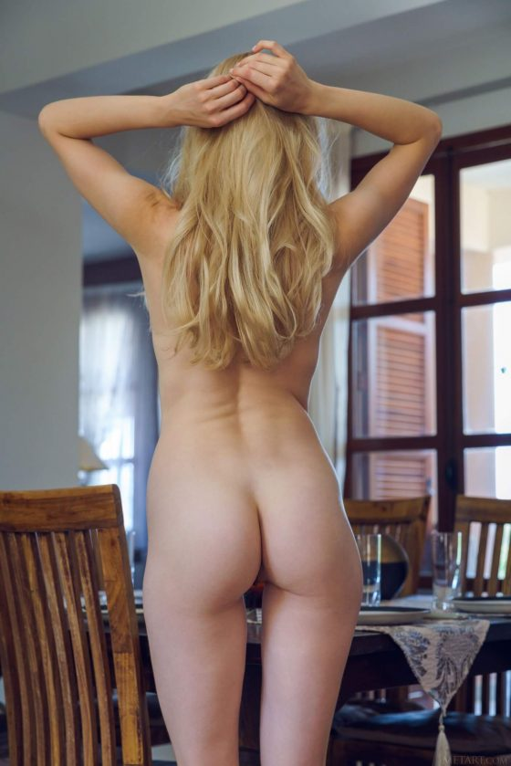 blonde naked woman hot ass