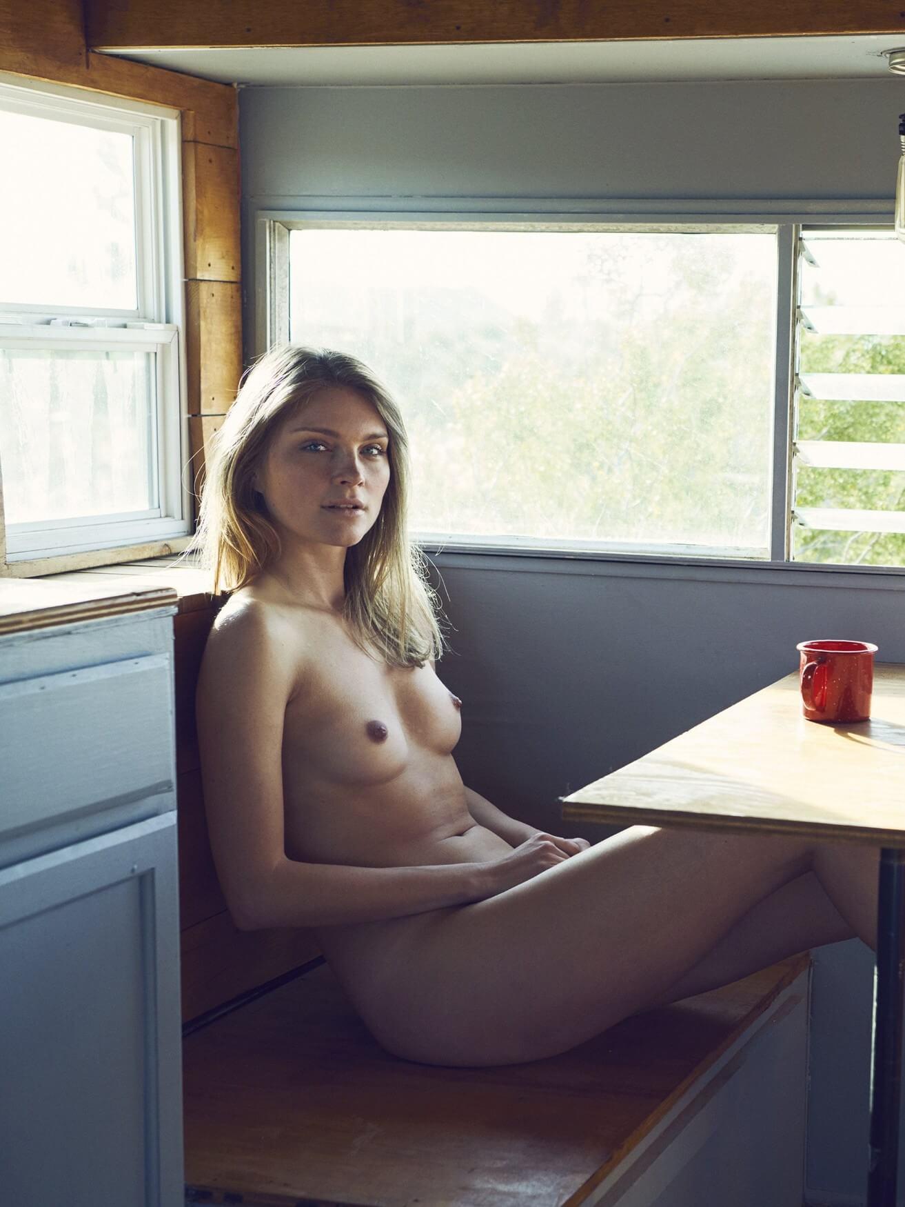Czech model Monika Rohanova nude