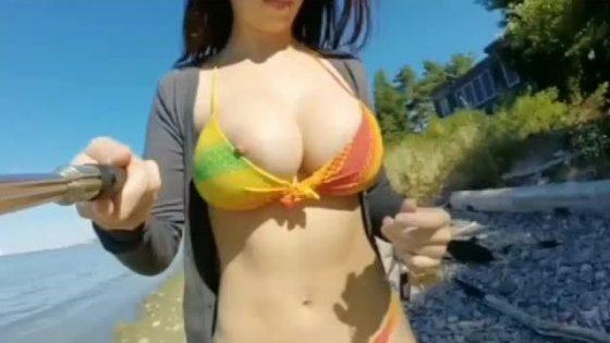 Bella Brookz big tits bikini