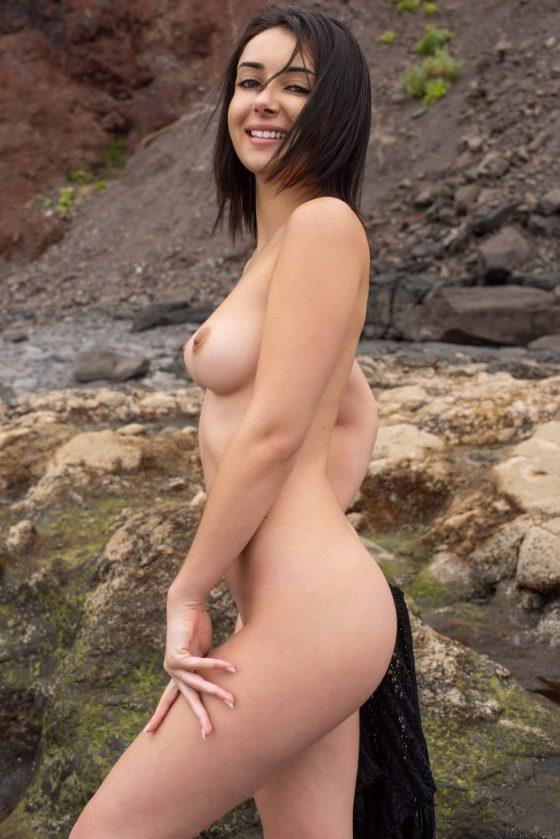 stunning new babe erotic shot