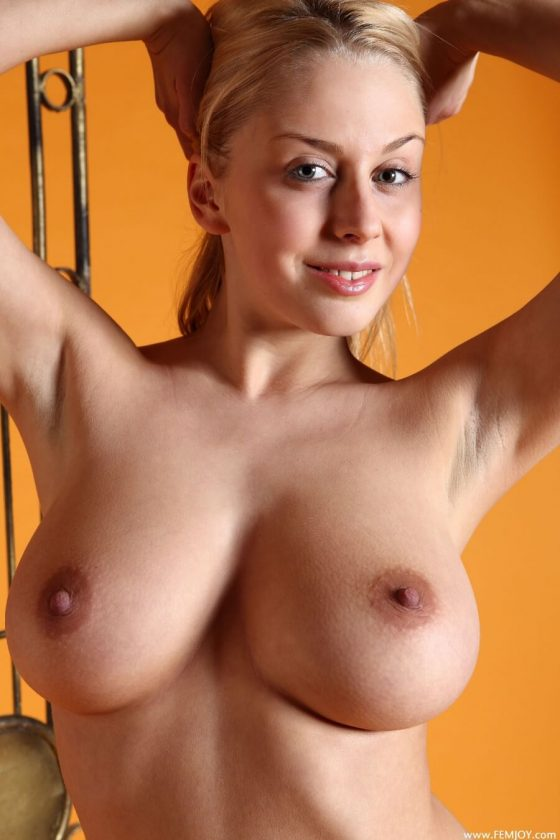 FemJoy Aelita nude bysty babe shot 9