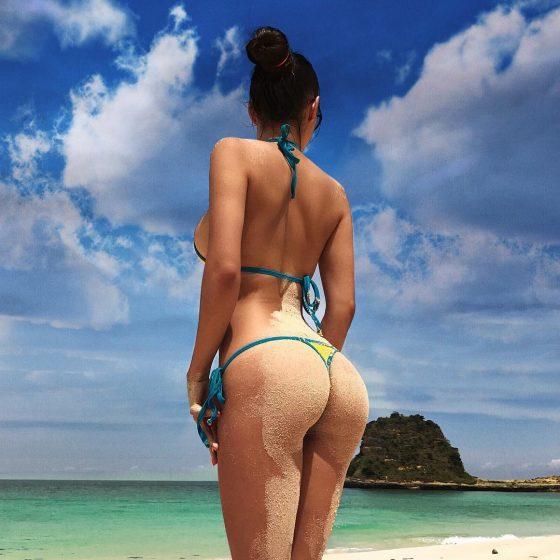 Helga Lovekaty sexy bikini