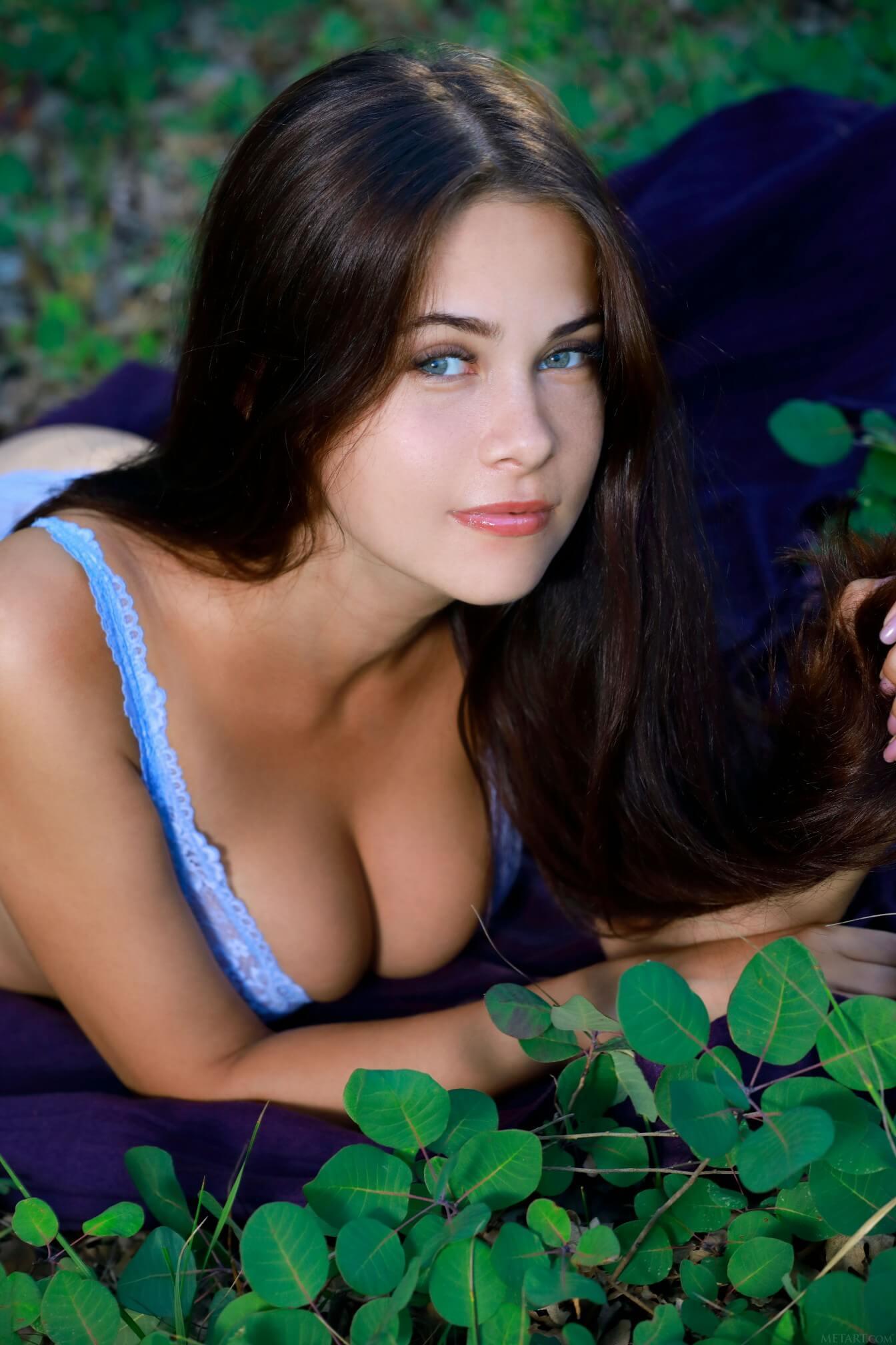 Big Tits Creamy Masturbation