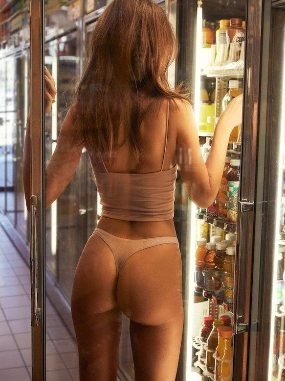 hot girl with fine ass in thong