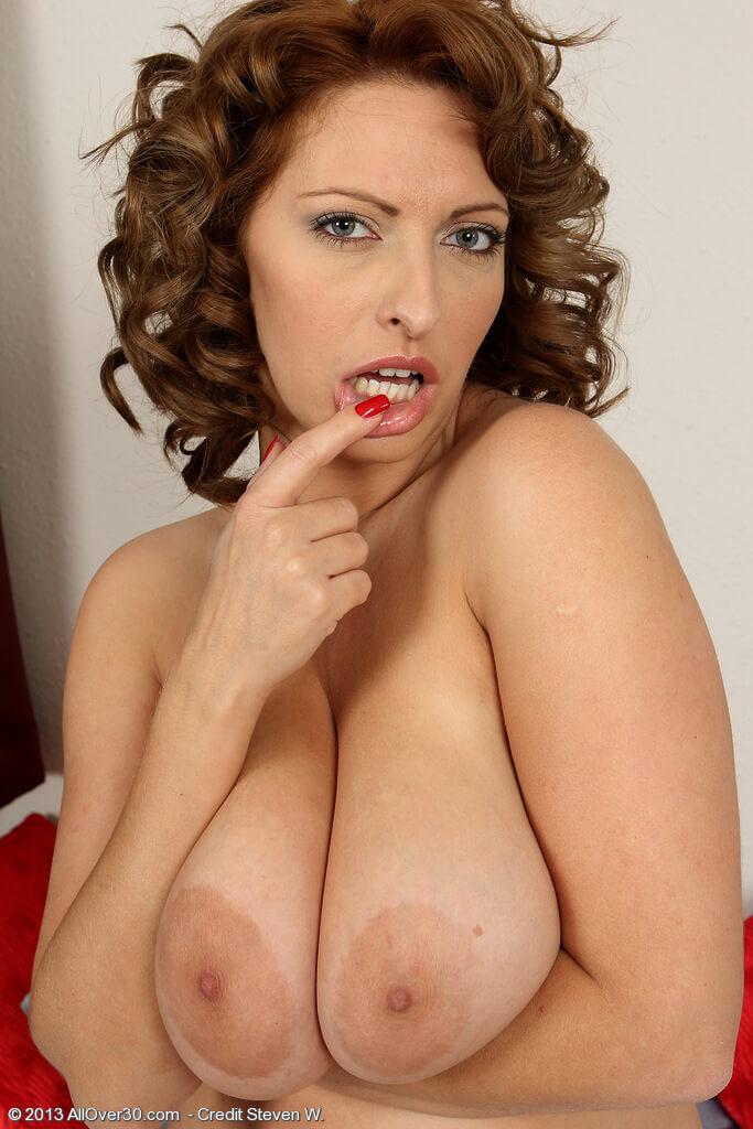 Mature nude tits