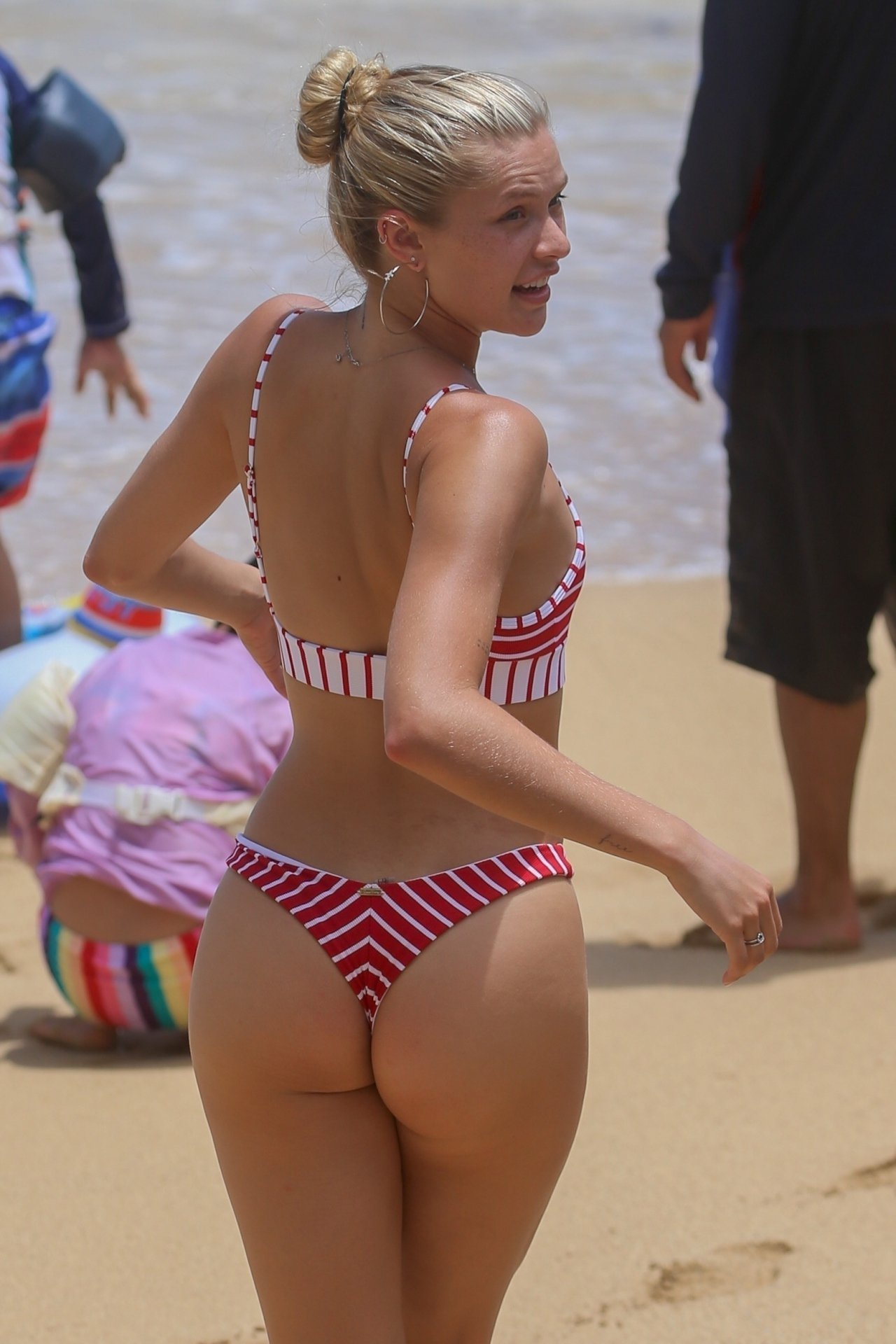 Josie Canseco Almost Loses Her Thong Bikini In Hawaii
