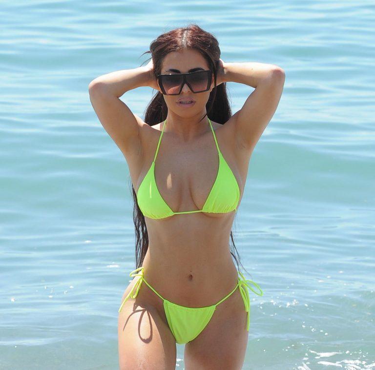 Katie Salmon sexy bikini candids