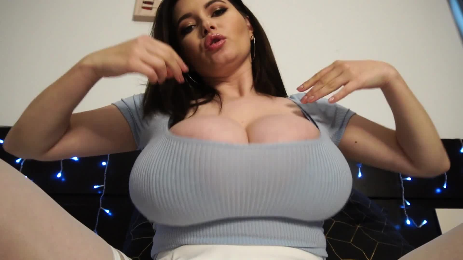 Big Tits Cam Girl Squirt