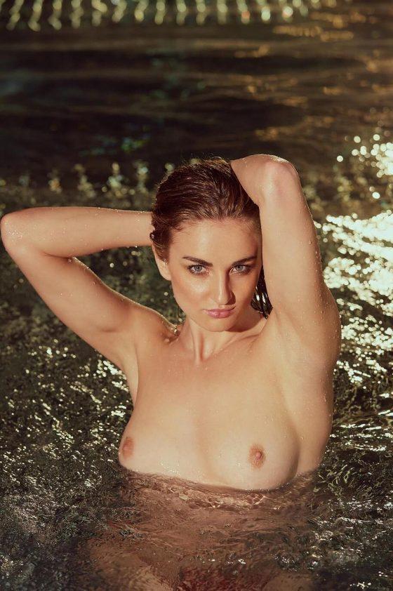 Isabella Strangmueller  nackt