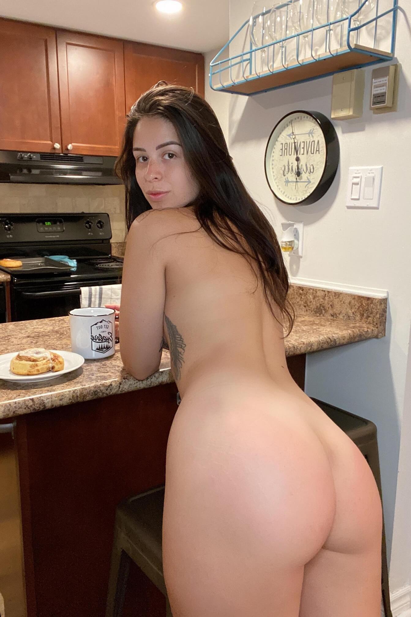 Nude Booty