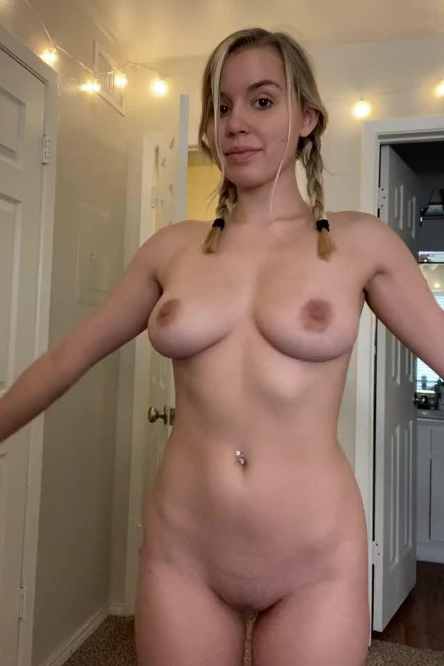 Celeb Kelly Karloff Naked Jpg