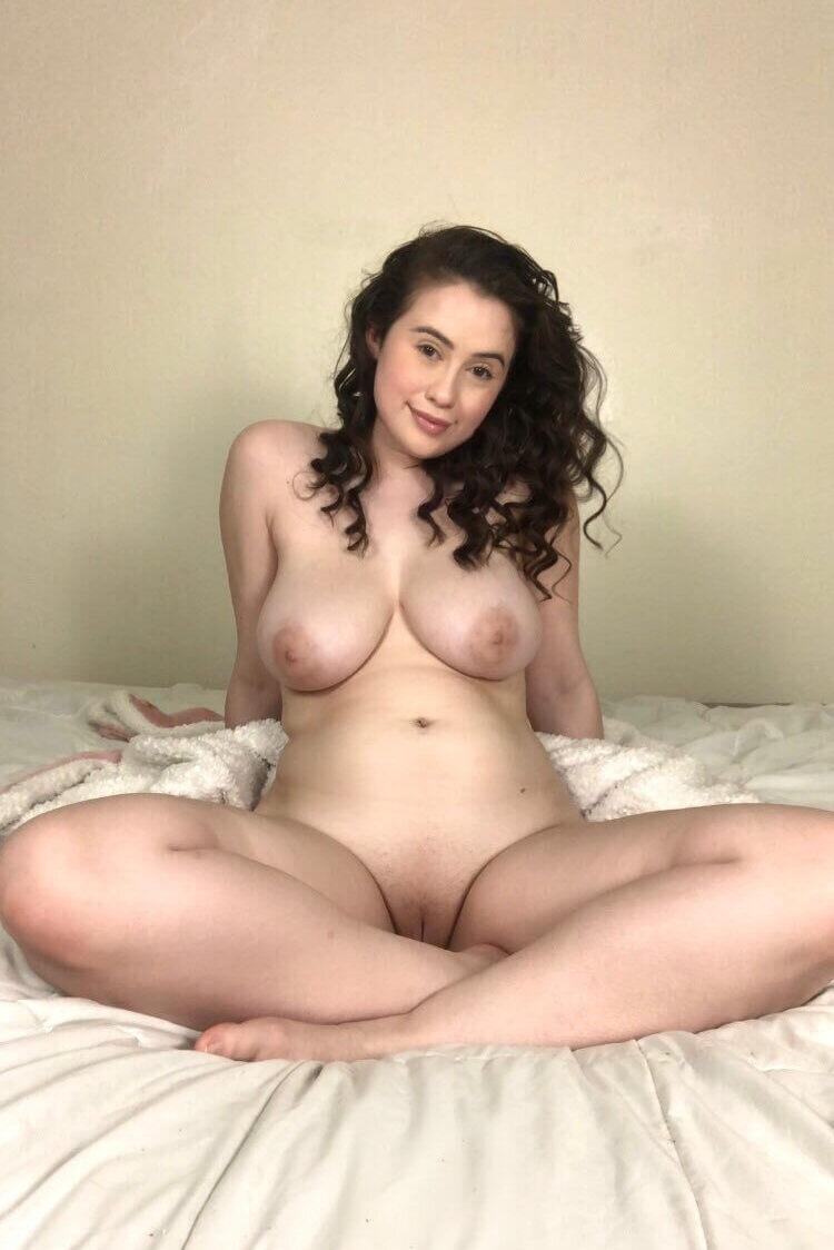Curvy Wife Titties Twitter Photo