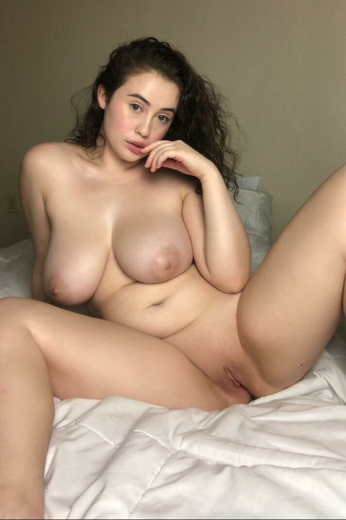 Curvaceous nude