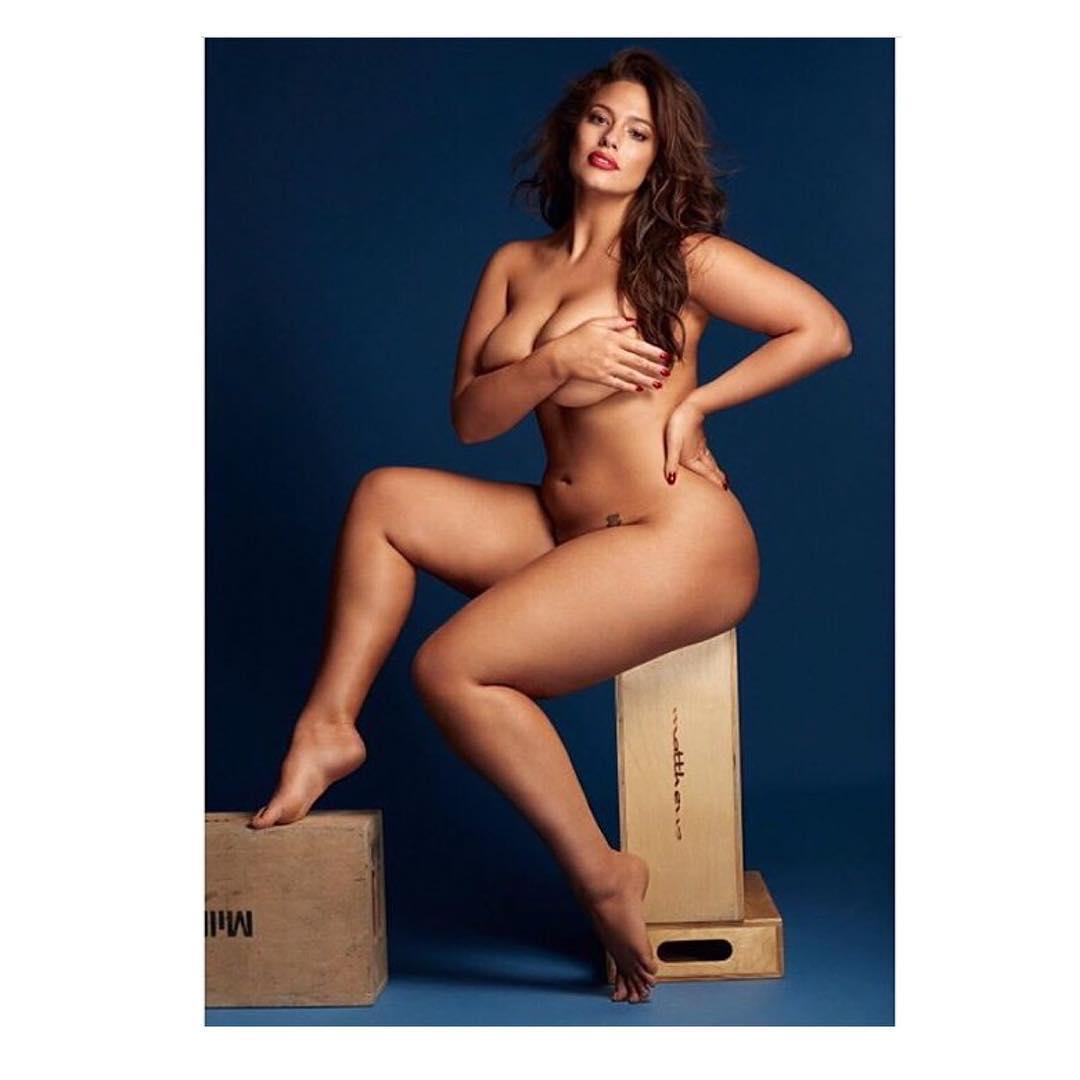 Ashley Graham naked body