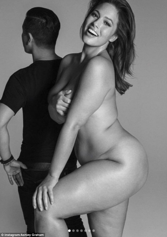 Ashley Graham strips down to pose NUDE!