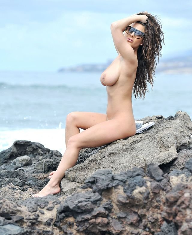 Chantelle Connelly nude