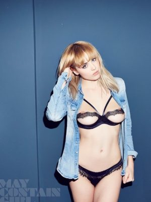 Danielle Sharp Is Back And She's Smokin Hot!