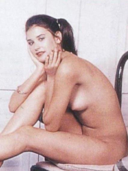 Demi Moore Nude tits and body