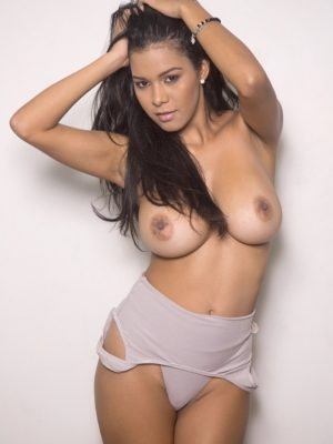 Great Big Tits News! Kendra Roll Strips Naked (12 photos)