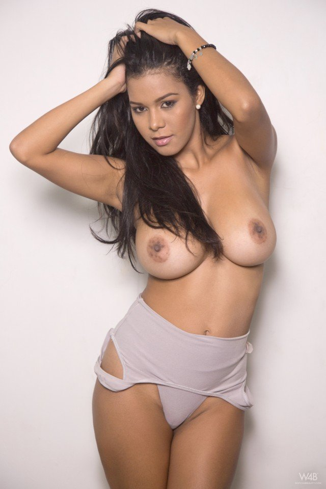Kendra Roll topless hot babe