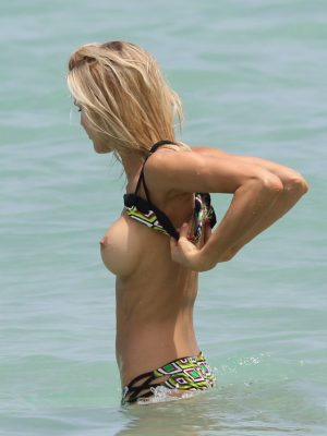 Supermodel Tits: Joy Corregan Topless in Sports Illustrated Bikini Photoshoot