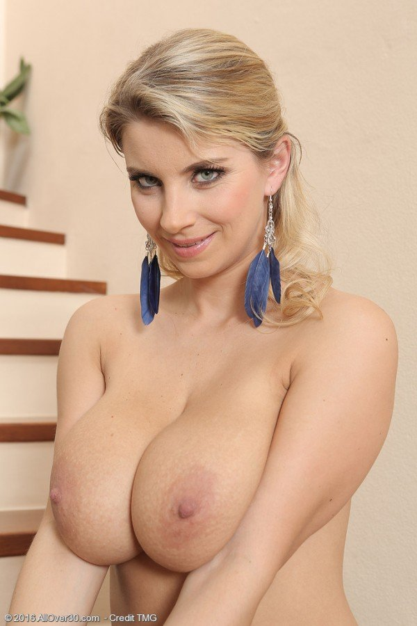 Kathy-Kozy-big-boobs-naked