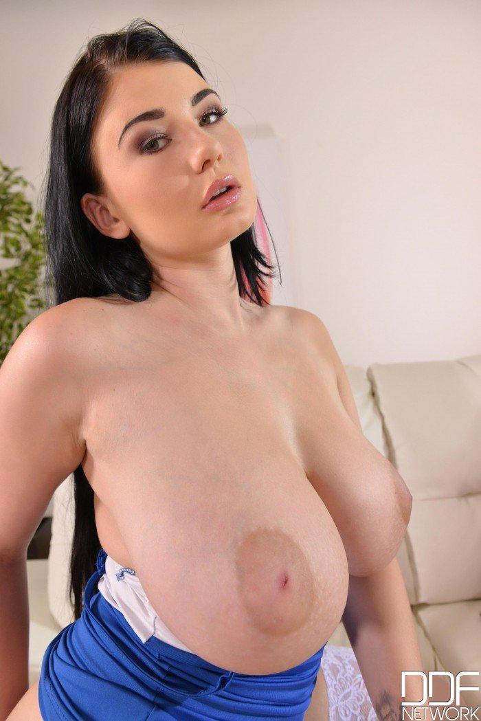 Lucy Li boobs naked