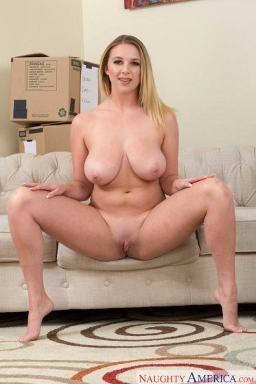 Brooke Wylde naked beautifufl boobs and pussy