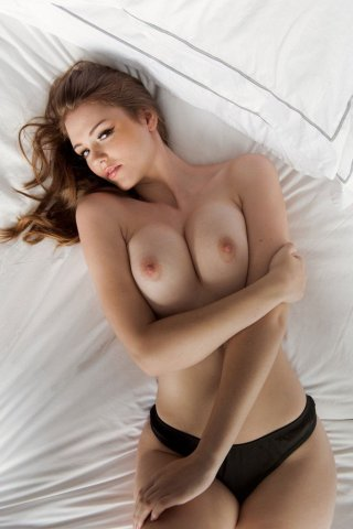 Hot Titted Rosie Danvers Sexy & Topless