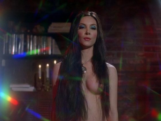 Samantha Robinson, Laura Waddell – The Love Witch (2016)