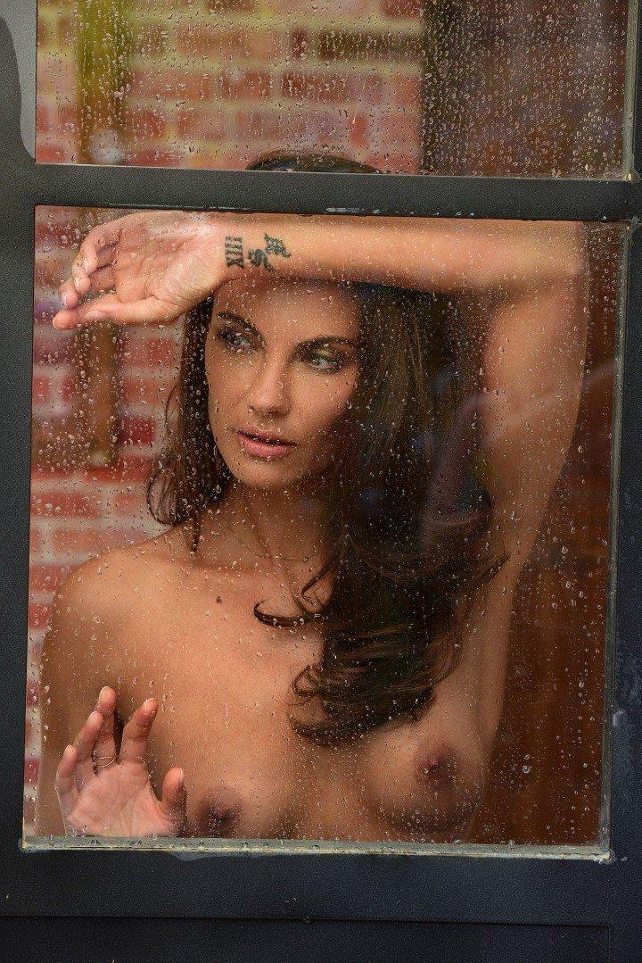 simone sinclaire nude