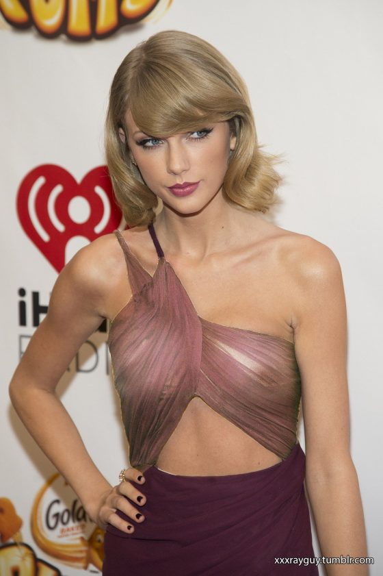 taylor swift pussy and tits