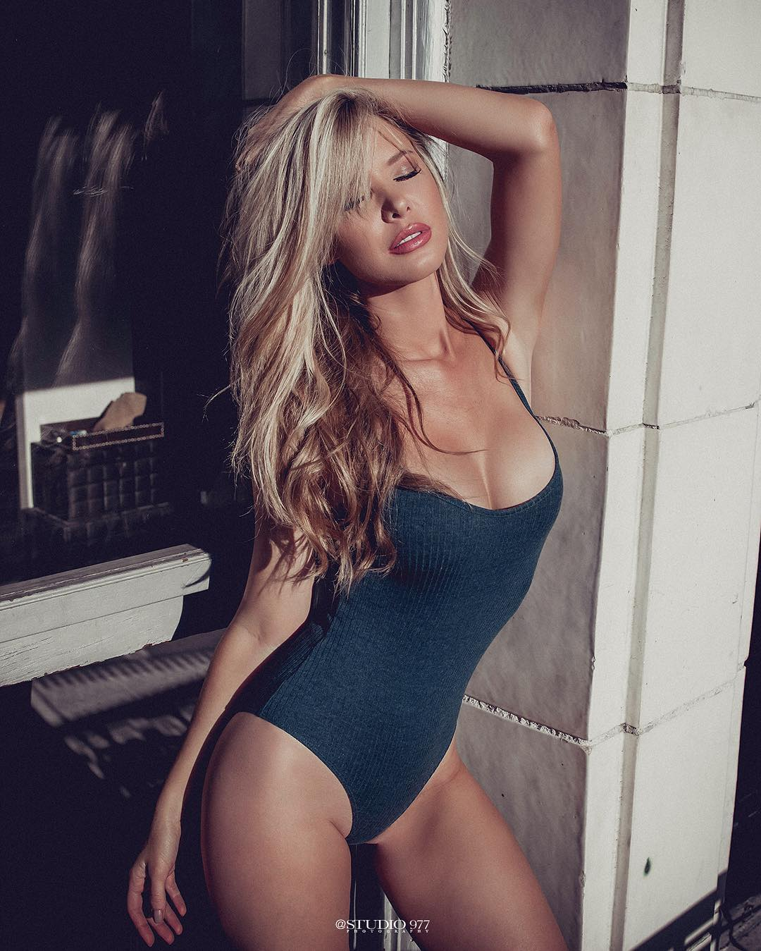blonde babe Tiffany Toth sexy swimsuit