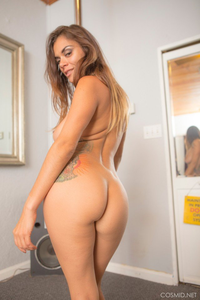 Veronica Buleau sexy girl nude curvy ass