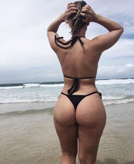 booty bikini babes