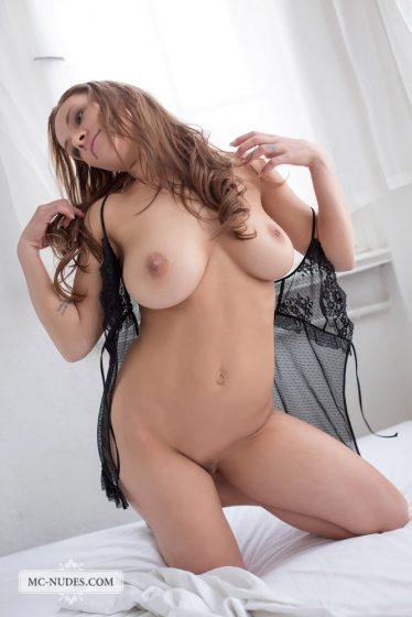 Daisy van Heyden nude