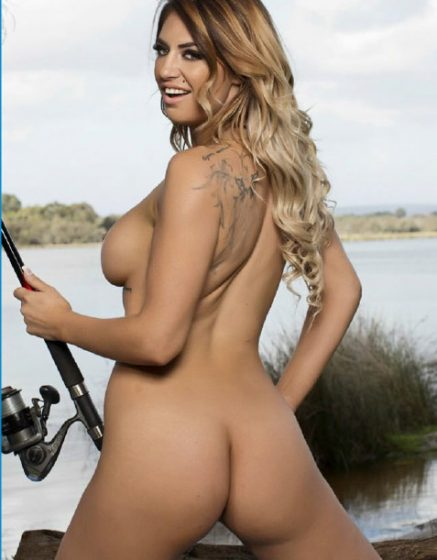 Delilah Daniels naked body back view