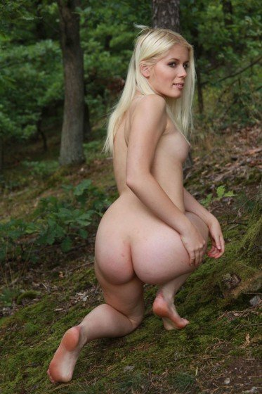 hot woman perfect ass naked