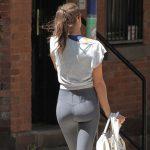 Irina Shayk booty & cameltoe in tights in West Village