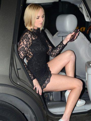 Kate England Vagina Flash (6 photos)
