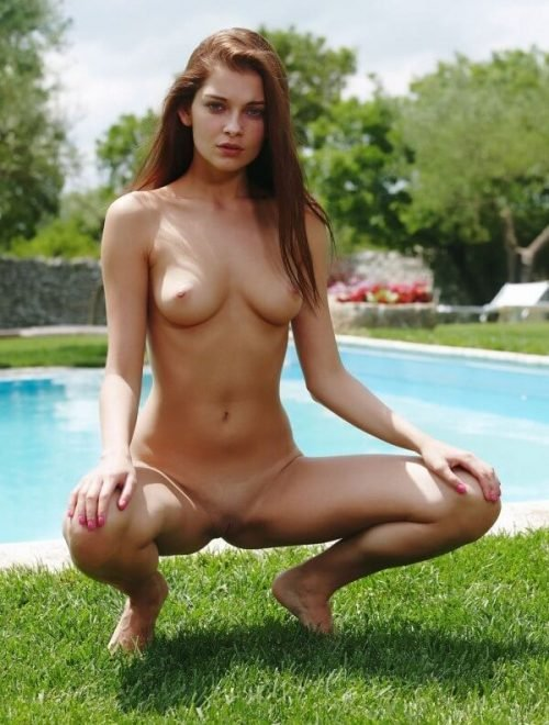 sexy-naked-pretty-girl
